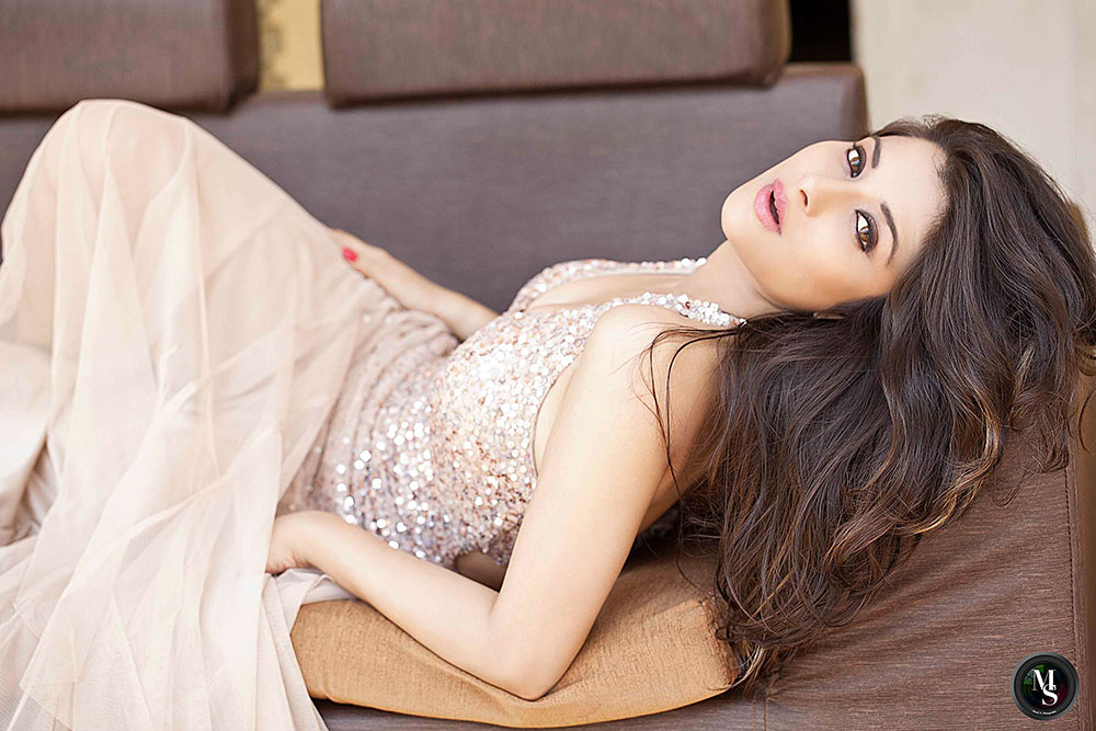 fair and lovely hot and sexy  Madhurima hottest portfolio photo shoot gallery