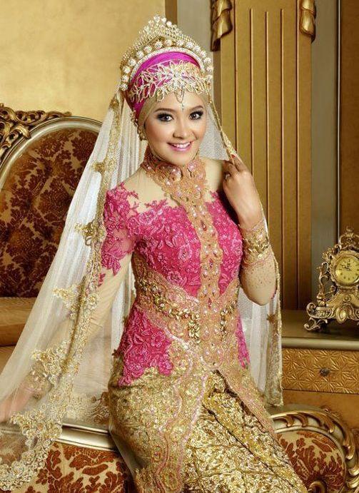 32 Inspirasi Model Baju Pengantin Muslimah Modern Masa