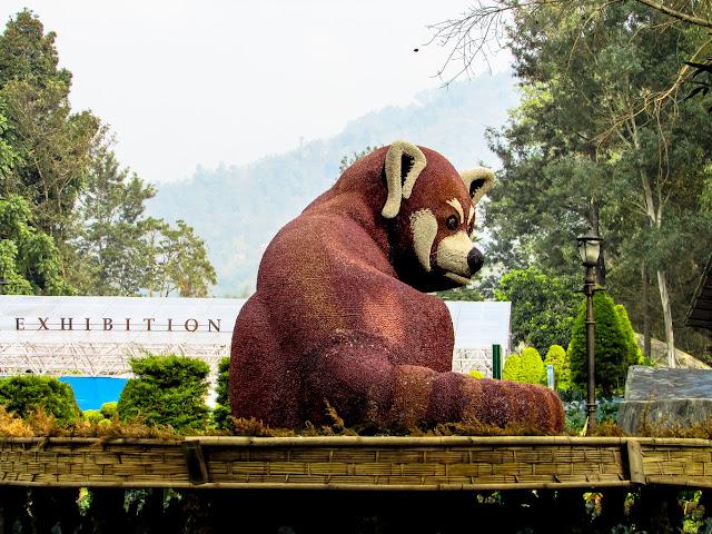 Garden Statue of Red Panda