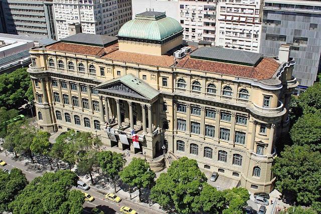Biblioteca nacional!