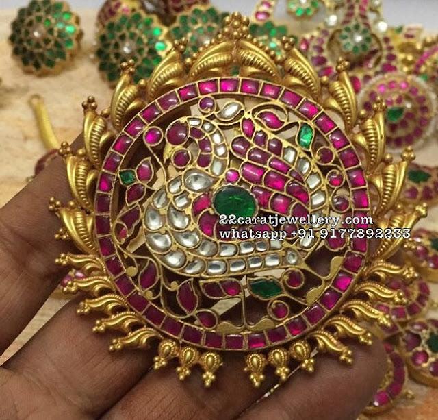 Kundan Pakshi Design Pendants