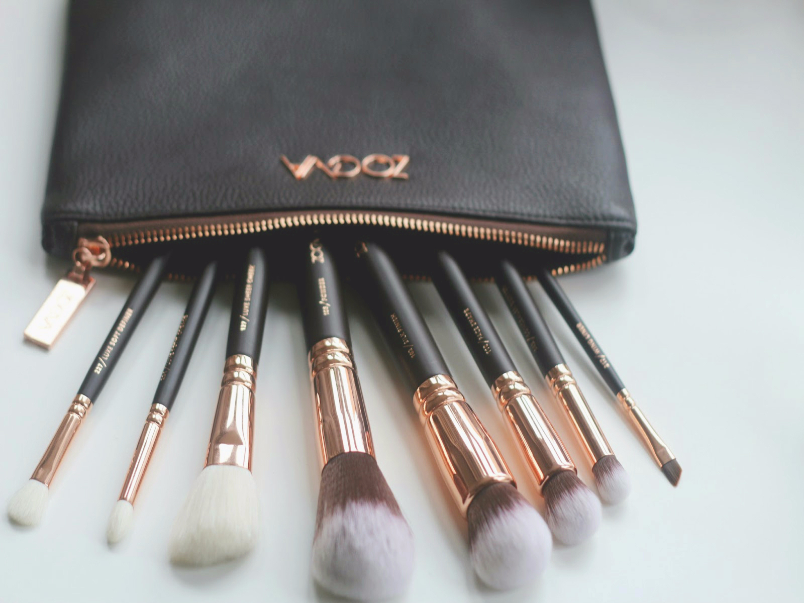 Tomi Kay Does Beauty Zoeva Rose Golden Face Brush Set Review