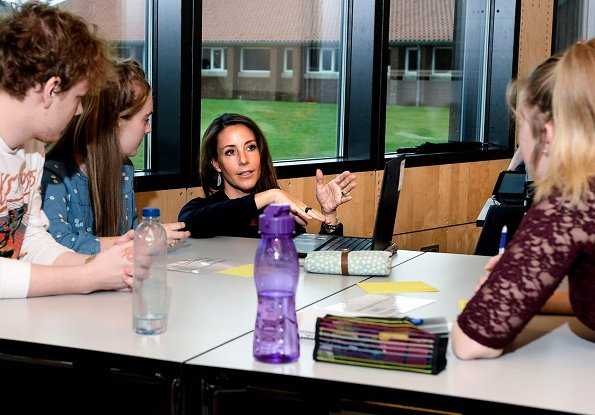 Princess Marie of Denmark taught French at Vejen High School (Vejen Gymnasium og HF) as a guest teacher. During the lesson