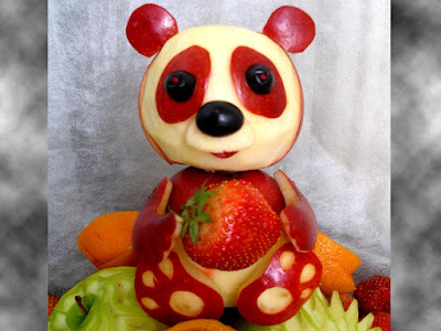panda apple fruit carving art