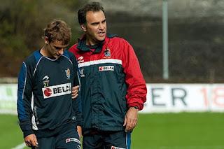 جريزمان ينشر صورة له مع لاسارتي في ريال سوسيداد