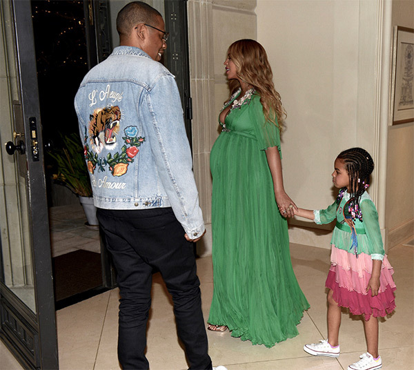 beyonce-beauty-and-the-beast-blue-ivy-bump-pics-1.jpg