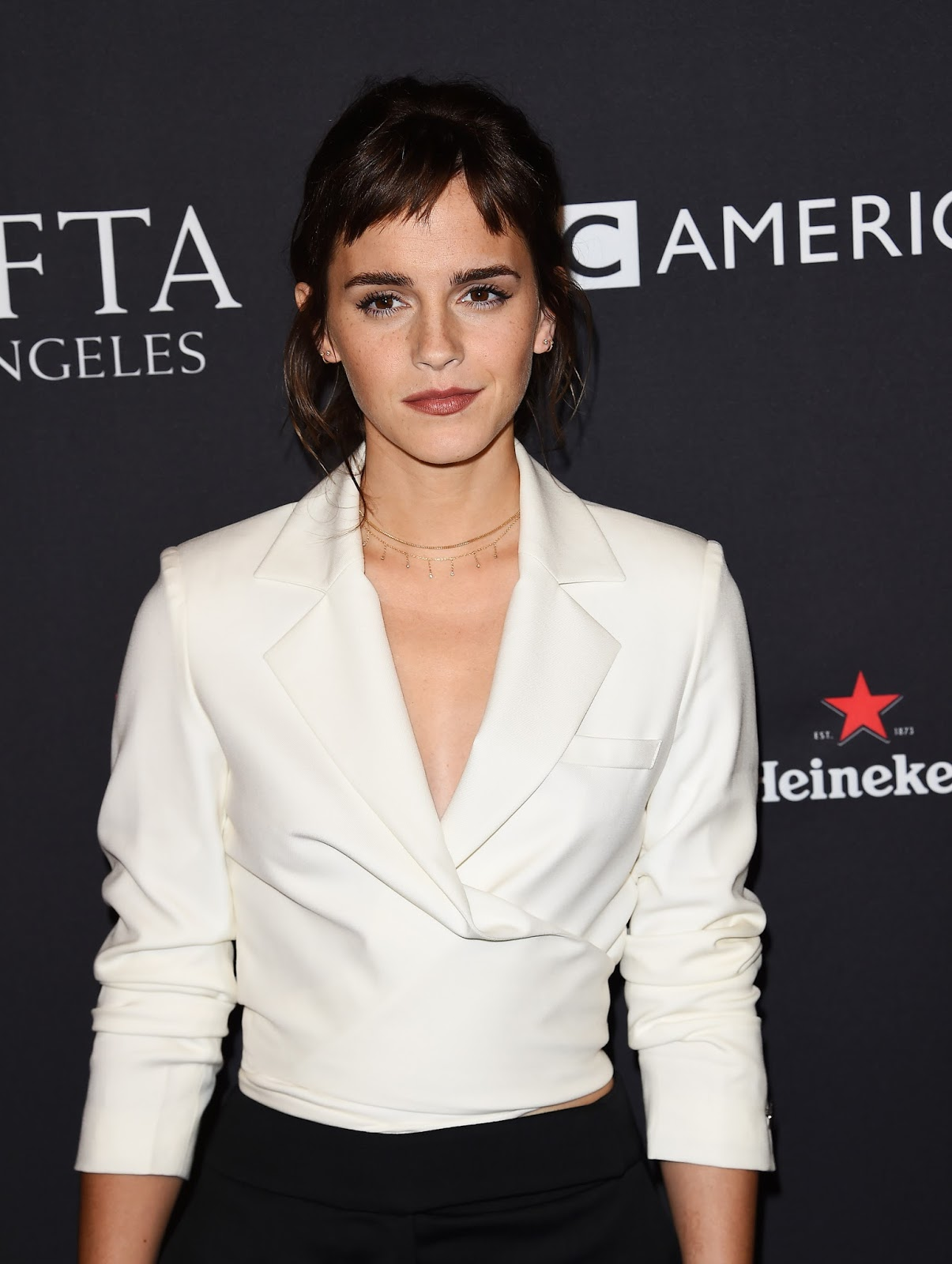 Emma Watson new haircut 2018