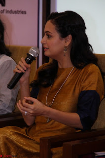 Dia Mirza Attends Power Women Seminar To Celete Womens Day 024.JPG