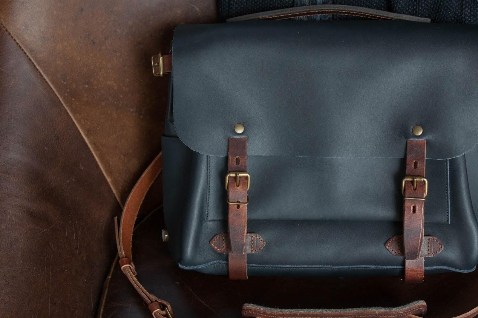 Messenger Bag Model Gamble