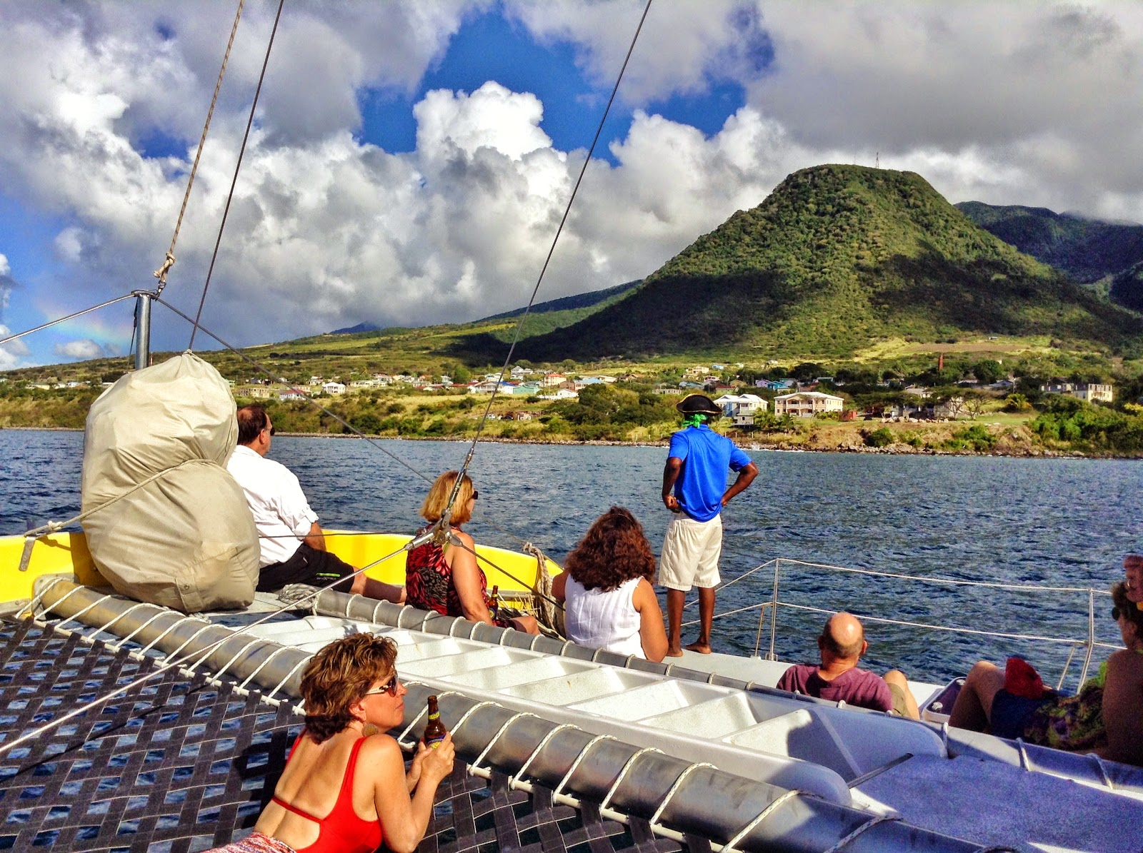 Explore The Beauty Of Caribbean: Travel 2 The Caribbean Blog: St Kitts By Rail And Sail