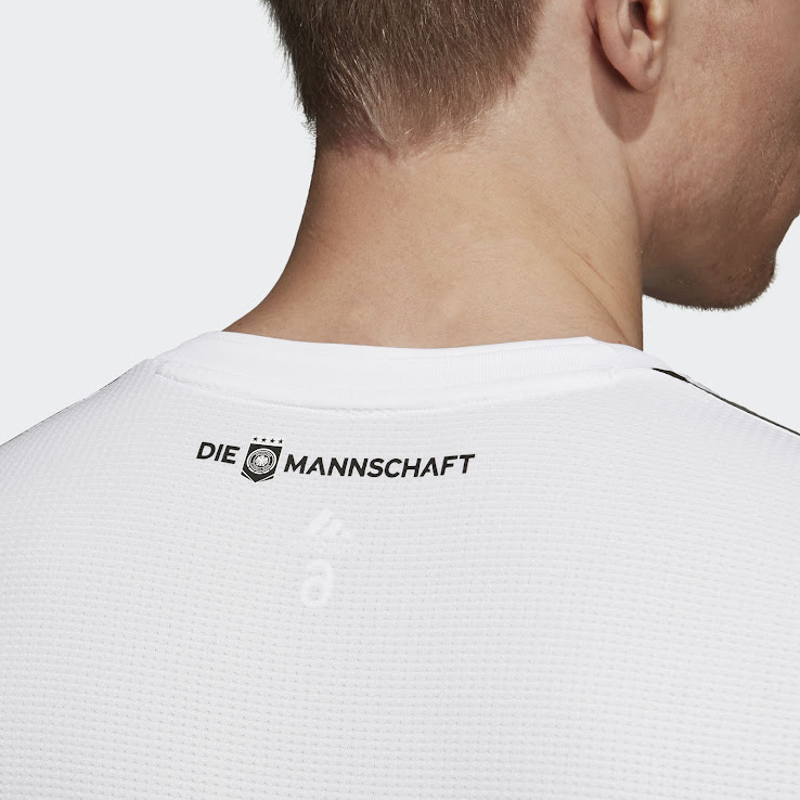 6fe367583 Adidas Climachill Kit Technology - Features. Climachill keeps you  super-cool and dry in the most intense heat with ultra-breathable and  moisture-wicking ...