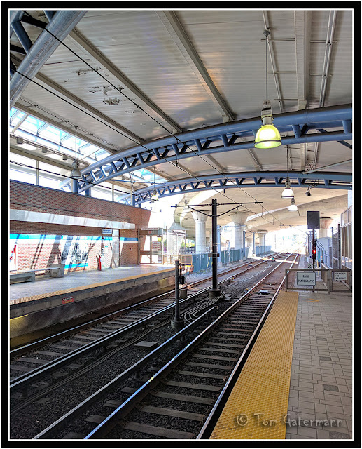 Start and end of the third rail at Airport Station in Boston