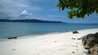 pasir putih pulau lihaga manado