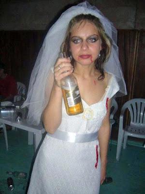 Betrunkene Braut - Hochzeit Zombie lustig