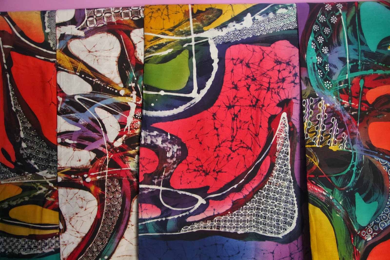 Indonesian Abstrak Batik: Batik ARJI SM: Harga Kain Batik Motif Abstrak