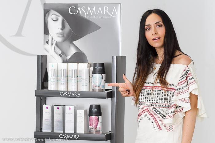 Blogger influencer que explica opinion sobre productos y tratamientos de belleza econaturales sin parabenos ni siliconas