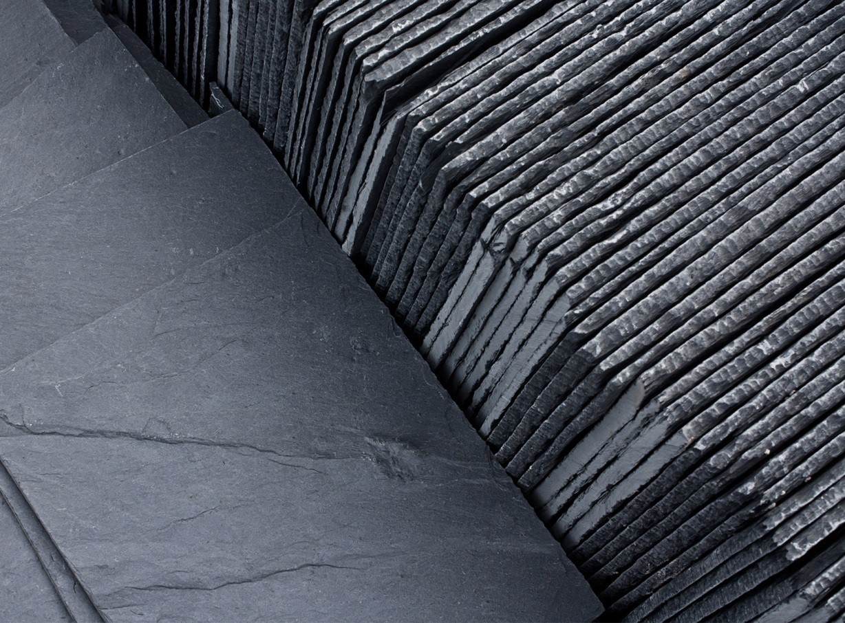 Synthetic roofing a smart slate alternative home decor for Synthetic roofing materials