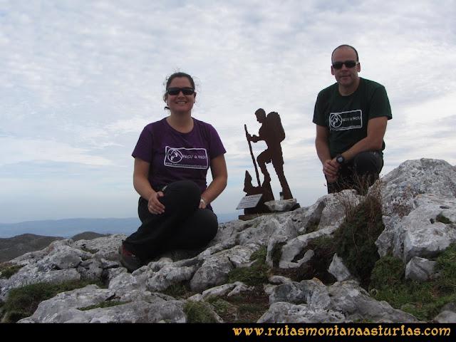 Ruta por el Aramo: Cima del Moncuevo