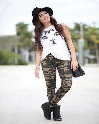 outfit casual con pantalón militar verde tumblr juvenil