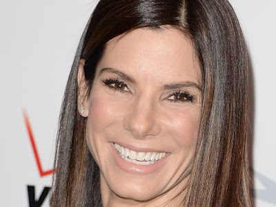 Hollywood Star Sandra Bullock Responds To Hurricane Harvey in A Big Way