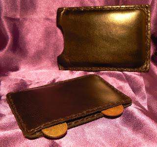 Porte monnaie et sa pochette