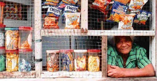 Customer service sari-sari store