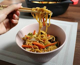 اسهل طريقة لطبخ نودلز صيني