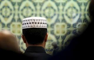 Muslim Marseille Ubah Sinagog Yahudi Jadi Masjid
