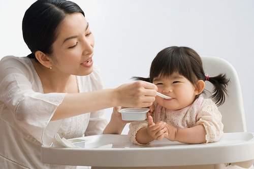Menu dinh dưỡng giúp trẻ tăng trưởng toàn diện