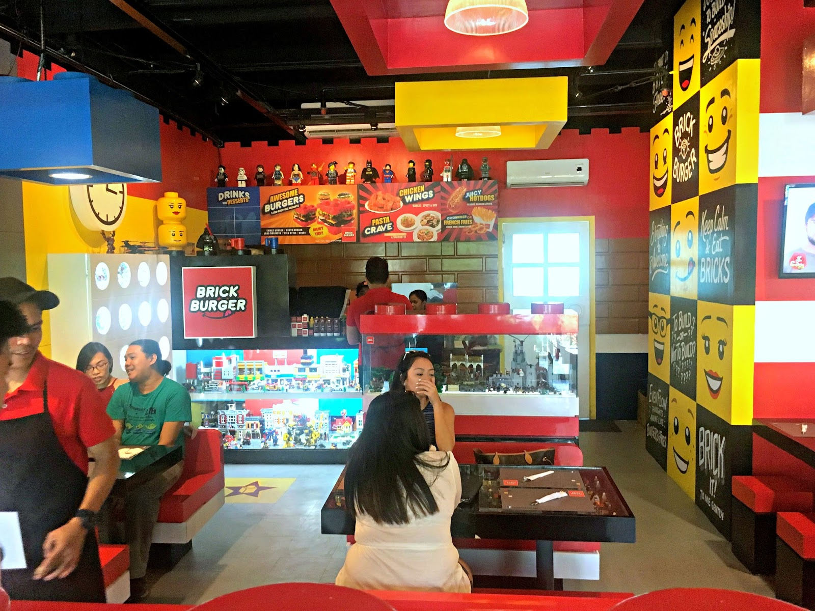 Brick Burger Where Everything Is Awesome Living In The Moment - This restaurant in the philippines now sells lego burger buns
