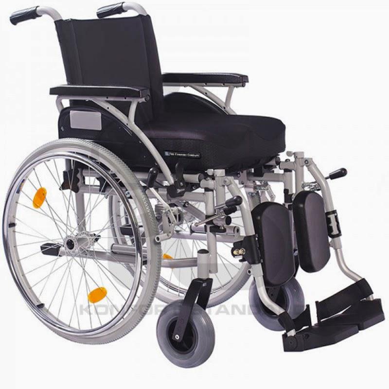 Alquiler de sillas de ruedas iron light con pies elevables ayudas medicas en casa - Alquiler de sillas de ruedas electricas ...