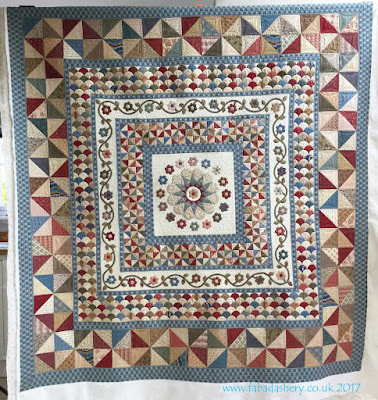 'Oakhampton' quilt made by Jenny Otto,  custom quilted by Frances Meredith, designed by Karen Styles,  Somerset Patchwork