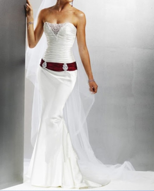 Charming strapless wedding dresses with bling