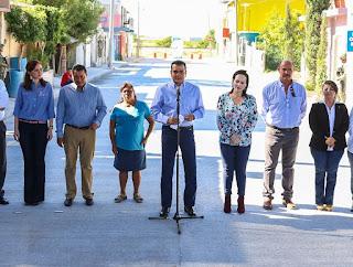 Favorece Enrique Rivas cuatro colonias más con obras de pavimentación