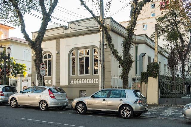 Casa na Rua Comendador Araújo, 730