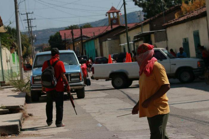 Comando ataca convoy de agentes de la PGR en Guerrero; mata a uno y hiere a ocho