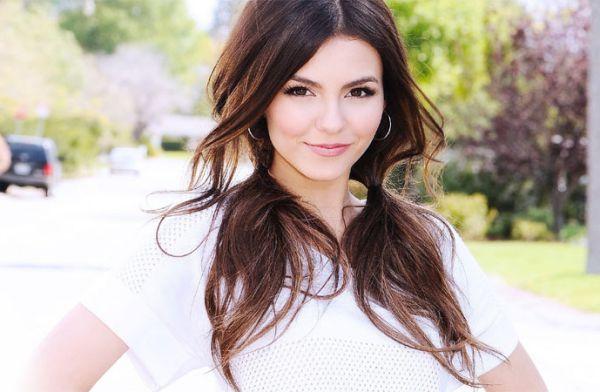 Victoria Justice Artis Muda Hollywood Tercantik dan Terpopuler Saat ini