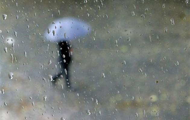 Χαλάει ο καιρός την Τρίτη – Πέφτει η θερμοκρασία, βροχές και καταιγίδες