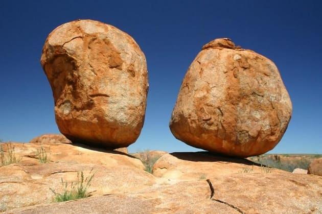 تفسير رؤيا الصخور في المنام