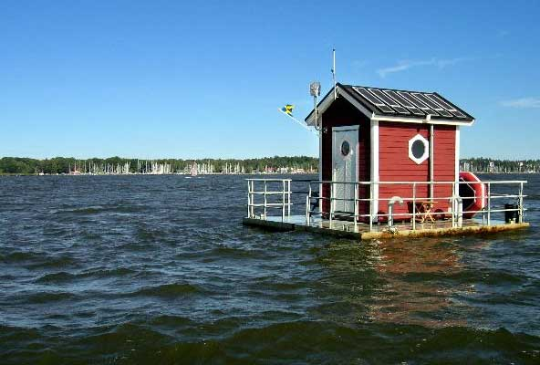Casinha no lago!