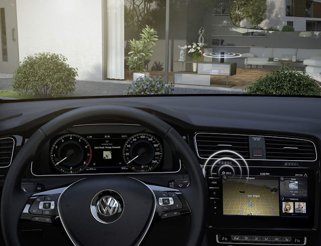 VW Golf 8 - cockpit
