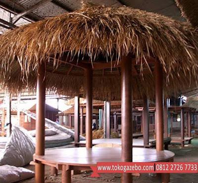 Gazebo Glugu Jepara Atap Alang-alang Bulat