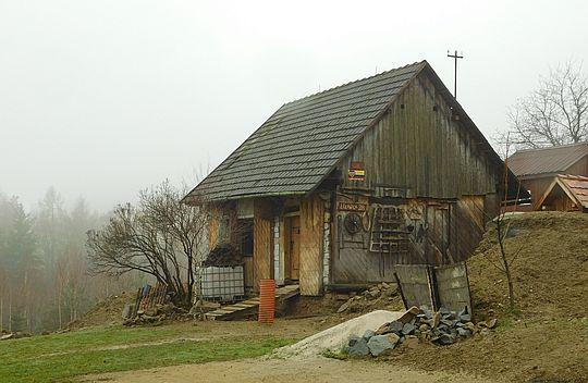 Dom na stoku Jaroszowickiej Góry.