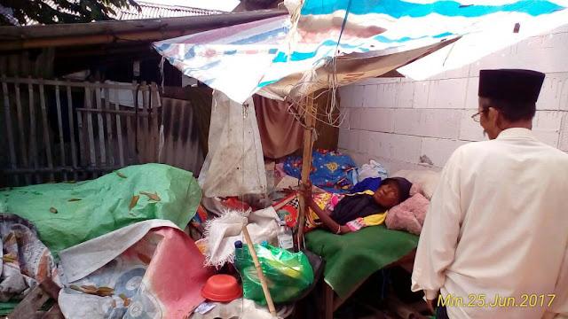 Lebaran, Seorang Nenek Sebatang Kara di Babelan Bekasi Terlantar