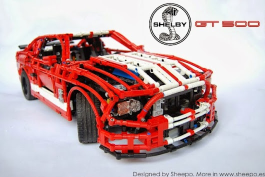 Ein Ford Mustang GT500 LEGO Technic