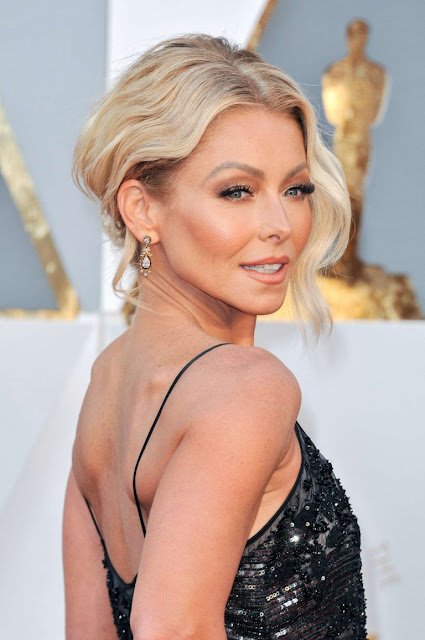 Kelly Ripa – 2016 Academy Awards in Hollywood