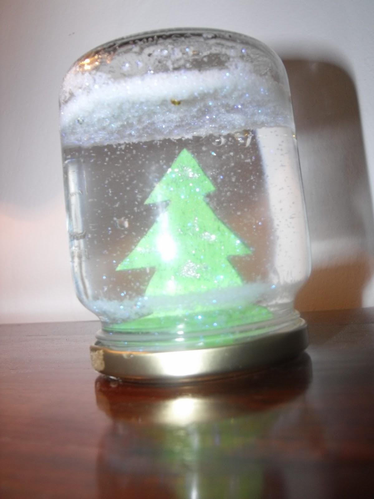 Lavoretti Di Natale Riciclo Creativo.Lavoretti Di Riciclo Creativo La Boule Di Natale Il Blog