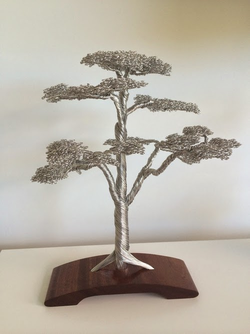 05-Clive-Maddison-Small-Wire-Tree-Sculptures-www-designstack-co