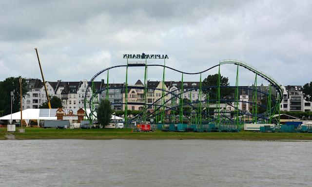 Rhein Promenade Dusseldorf carnival