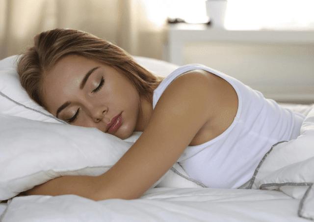manfaat tidur siang untuk menurunkan berat badan